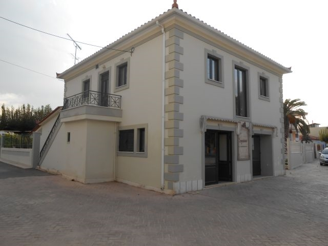 (For Rent) Commercial Retail Shop || Korinthia/Velo - 194,00Sq.m, 450€