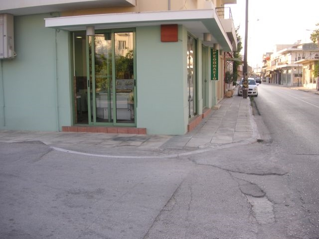 (For Sale) Commercial Retail Shop || Korinthia/Zeugolatio-Vocha - 68,00Sq.m, 100.000€